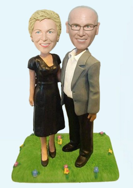 Custom 50th Golden wedding anniversary bobbleheads